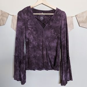 American Eagle Soft and Sexy V-Neck w/ Bell Sleeve